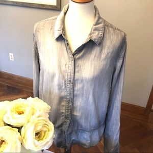 Cloth & Stone gray button down blouse, L